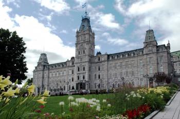 Здание парламента Квебека