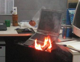 возгорание ноутбука