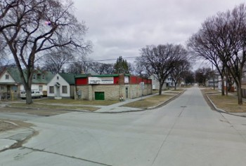 Burrows Avenue at Andrews Street Winnipeg. Виннипег.