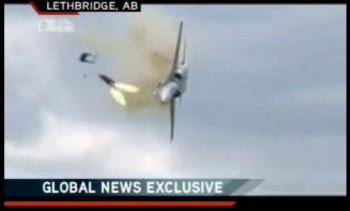 крушение истребителя  Канада авиашоу McDonnell Douglas CF-18 Hornet