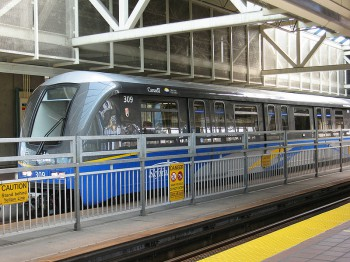 SkyTrain лёгкое метро Ванкувер
