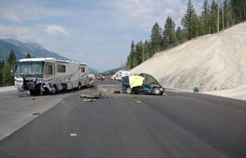 Британская Колумбия авария автодом микроавтобус