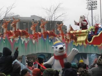 Парад Санта-Клауса в Торонто