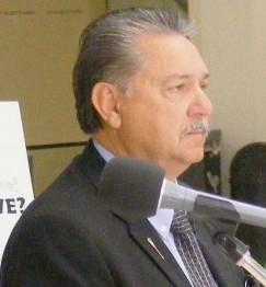 Министра здравоохранения Альберты Джин Звоздески
