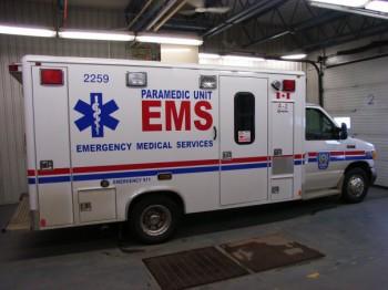 амбуланс скорая помощь Эдмонтон Альберта Канада