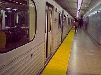 Станция метрополитена в Торонто, метро, Канада