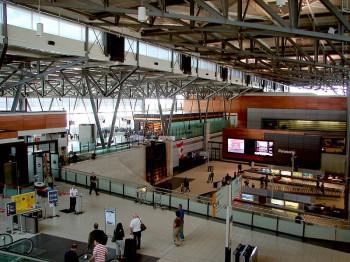 Терминал междунородного аэропорта Оттавы Канада